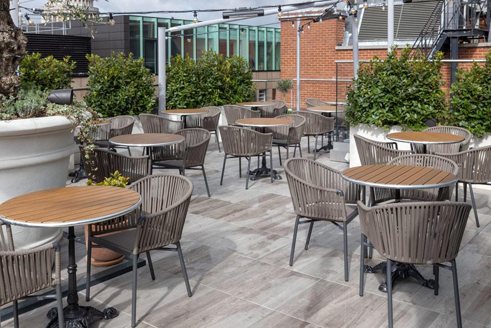 buzon-pb-pedestals-for-terrace