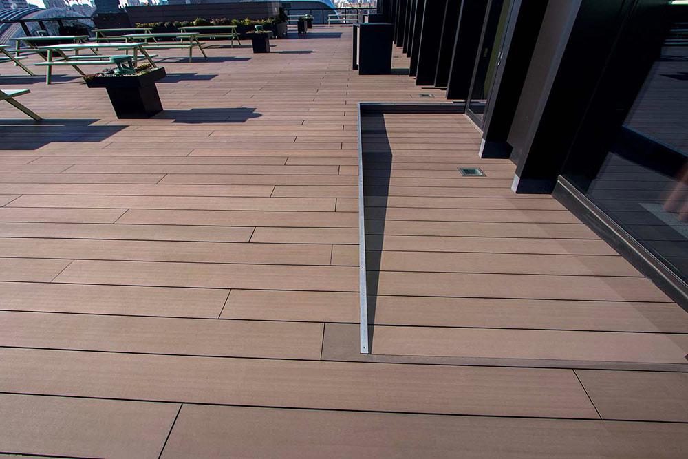 google-hq-inclined-terrace-buzon-pedestals