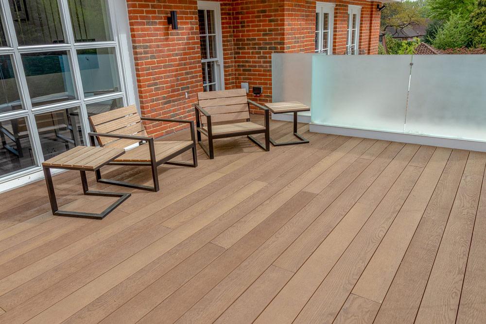 sun-deck-outdoor-terrace-buzon-pedestals